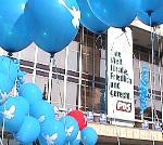 Bundesparteitag in Dresen, 6. Oktober 2001; Foto: Elke Brosow